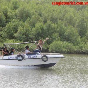 bến tàu du lịch đường sông