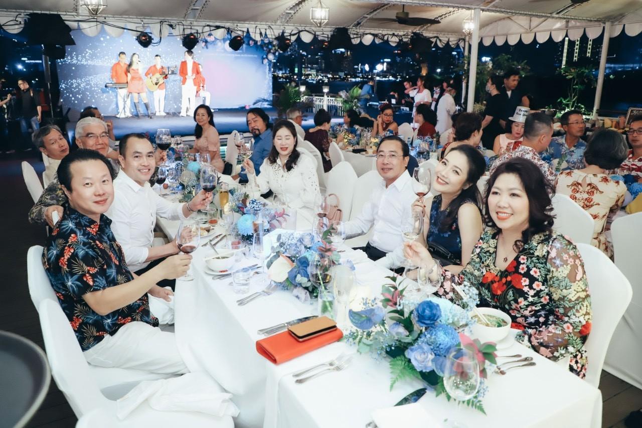 Tour Nghỉ Dưỡng Sài Gòn Cần Giờ Bằng Du Thuyền
